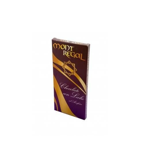 Chocolate with saffron milk