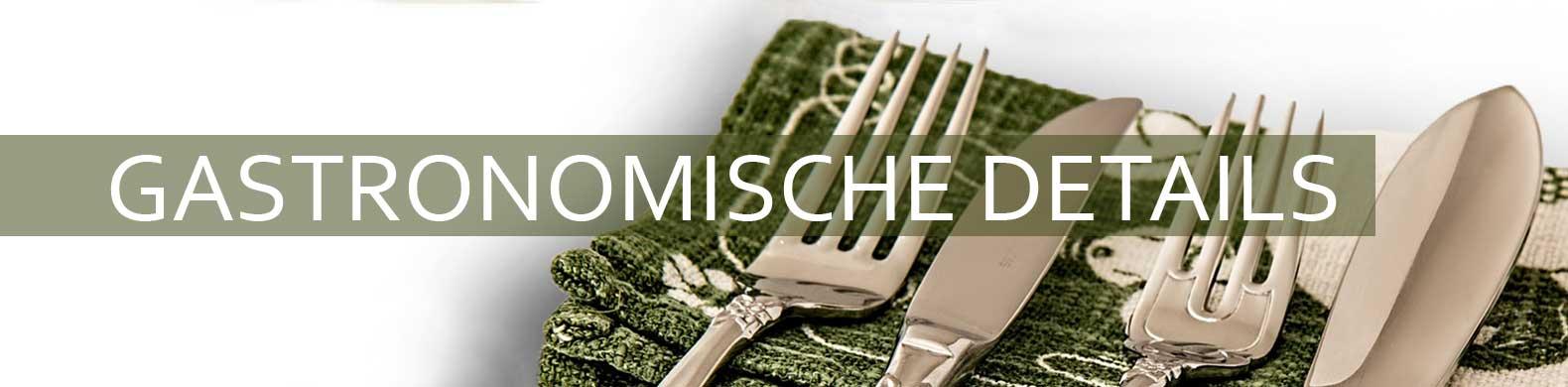 De banner van gastronomische details wordt gezien gedrapeerd over een servet.